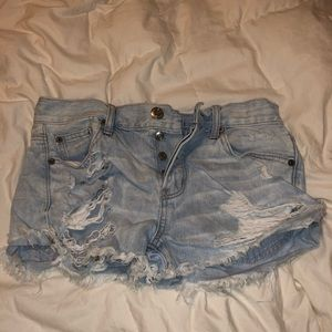 american eagle jean ripped shorts